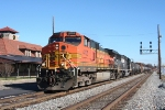 BNSF 4105 leads 139 past the Station