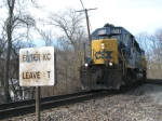 CSX 8014 Entering the T Track
