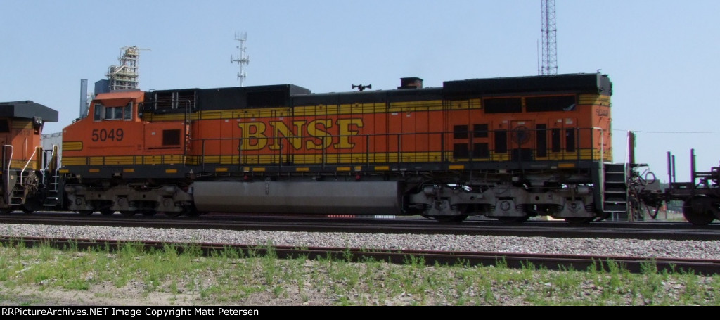BNSF 5049