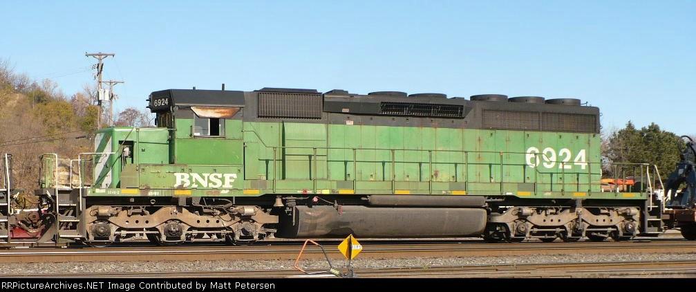 BNSF 6924