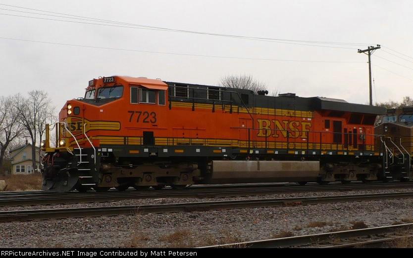 BNSF 7723