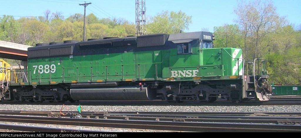BNSF 7889