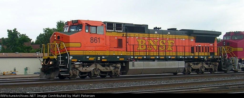 BNSF 861
