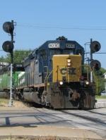 CSX 8030 on Q272 Northbound
