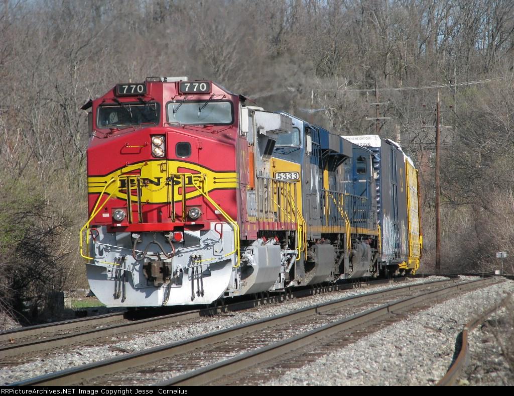 BNSF 770 on Q231