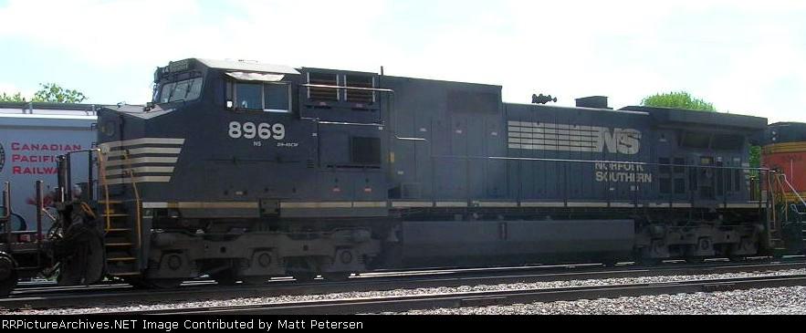 NS 8969