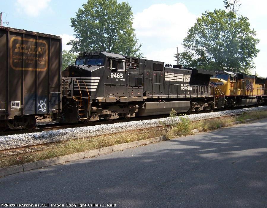 Train Q583-30