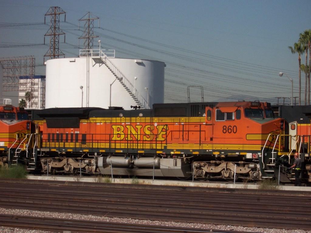 BNSF 860