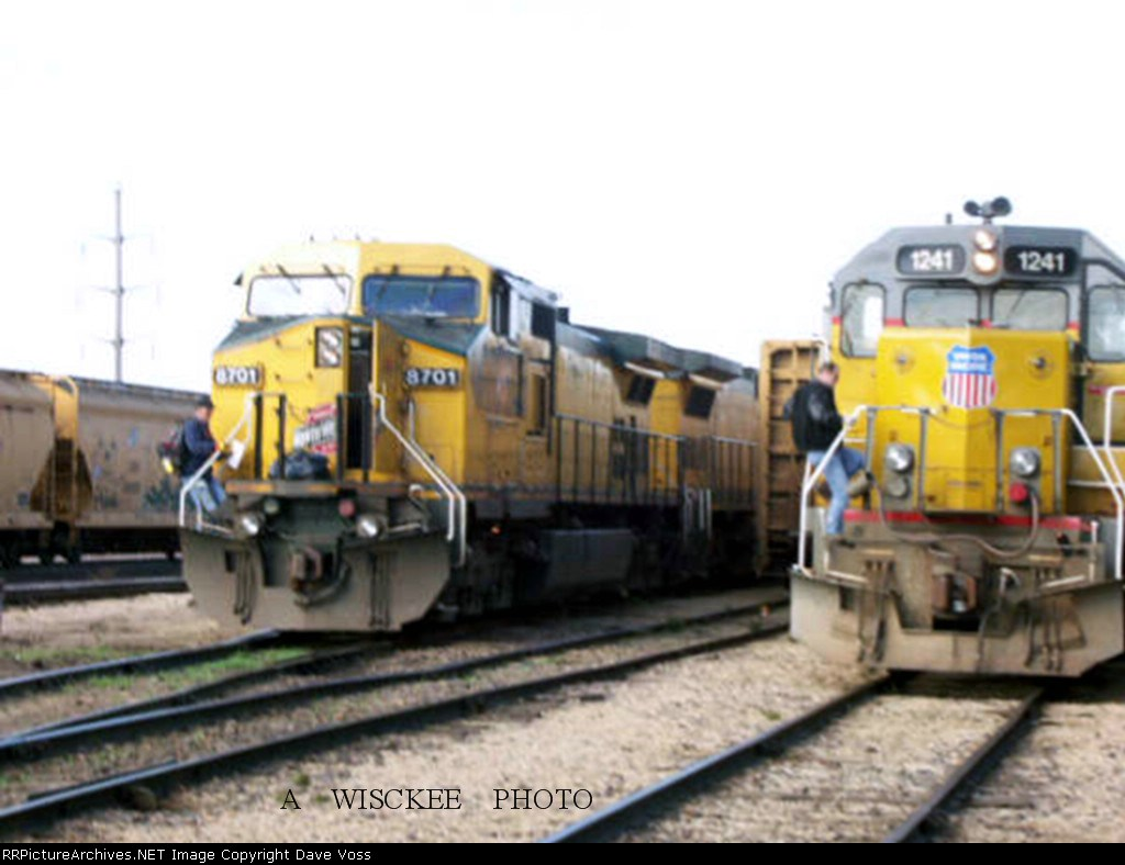 UP 1241 & CNW 8701 Altoona Yard crew change east yard.