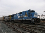 CSX 5975 & 7632 with Q326