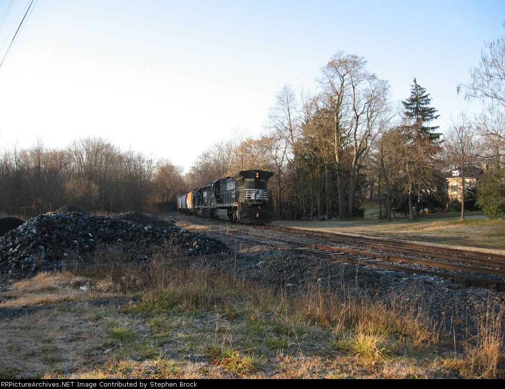 NS 8706 and Sunrise