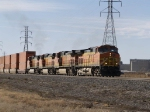 BNSF 4629 lead musher on eastbound box load