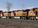 BNSF 4364 watches 4017 soup it up