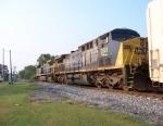 Train Q677-08