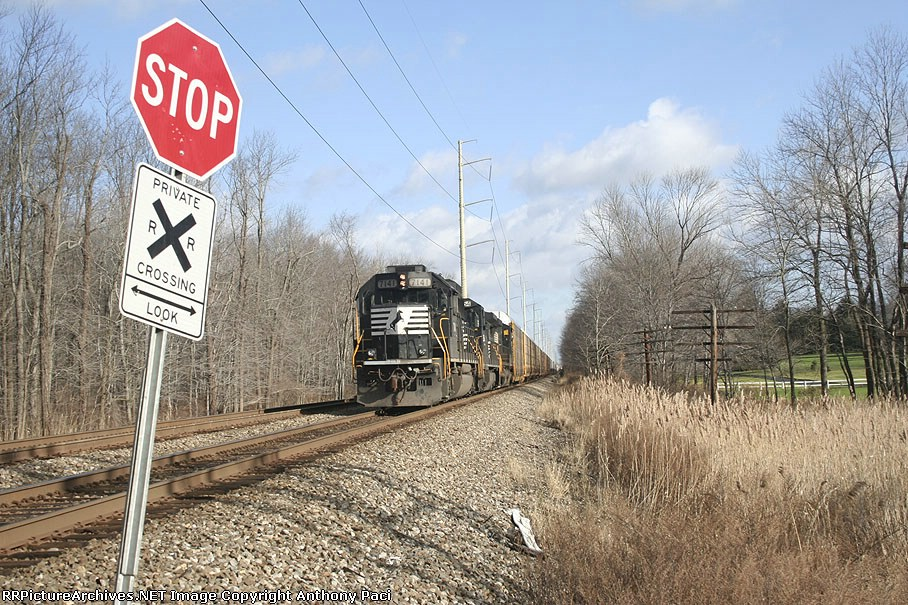NS 213 stopped at Potter