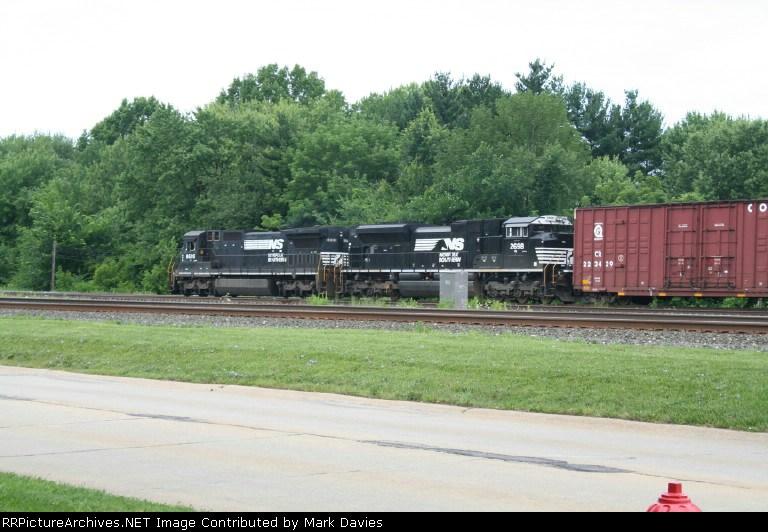 NS 8695 + NS 2698