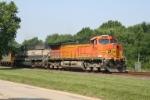 BNSF 5634 + BNSF 9522