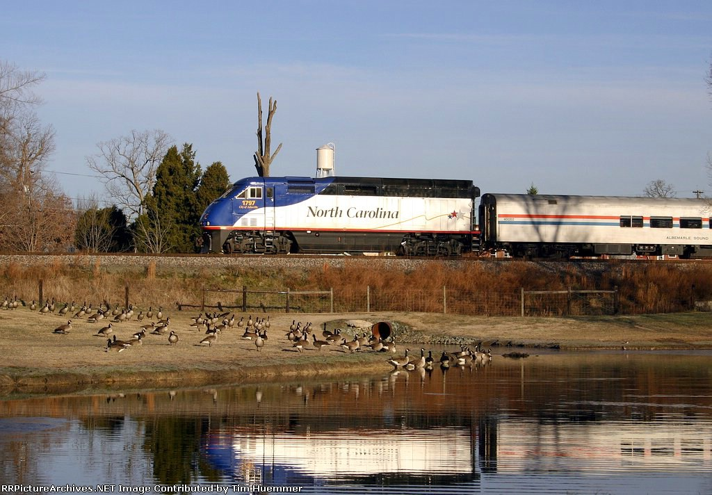 Amtrak 73 passes McLeansville