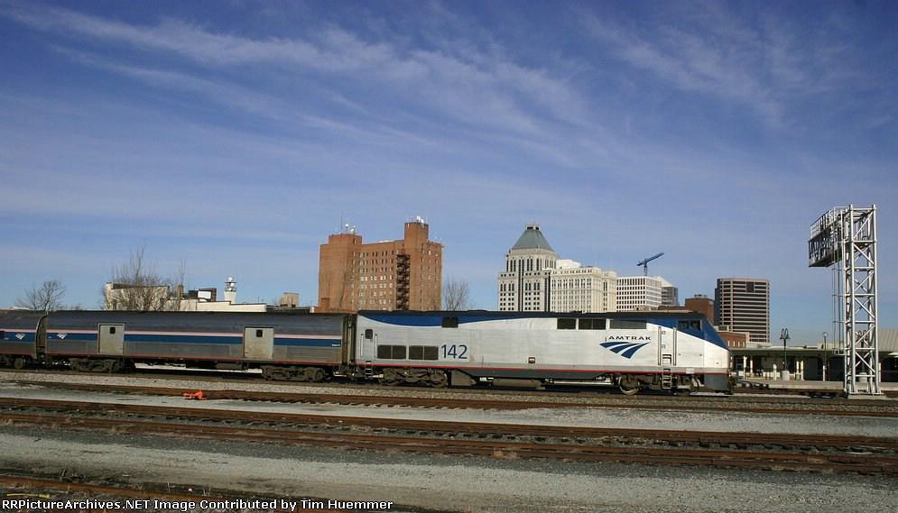 Amtrak 80 arrives at Greensboro