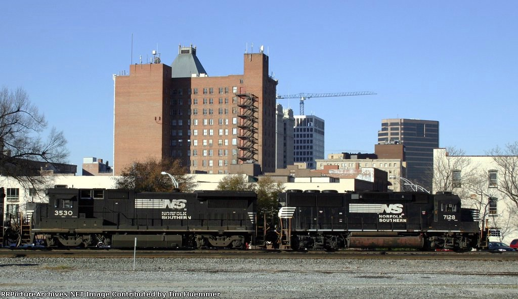 NS 204 passes downtown