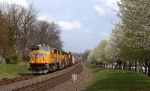 Union Pacific 4080 leading mixed freight
