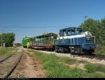 DCFB 301(GE 45-ton) locomotive leading excursion train