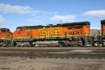 BNSF B40-8W 553