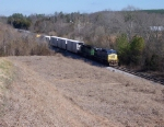 Train Q687-20