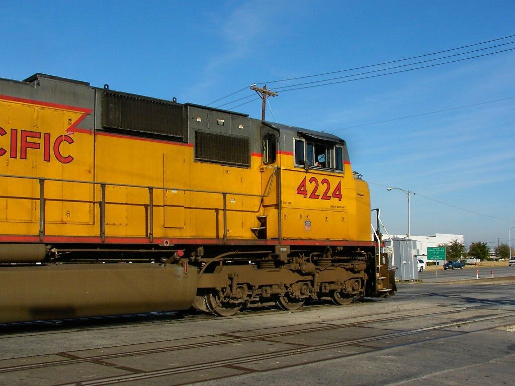 UP 4224