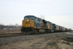 CSX 5369 on grain train