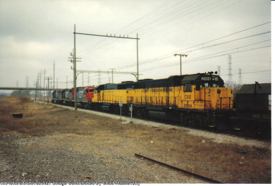 CSS 2004 and freinds take the Midwest steel train back to Stillwell for the Trunk to forward on to Detroit
