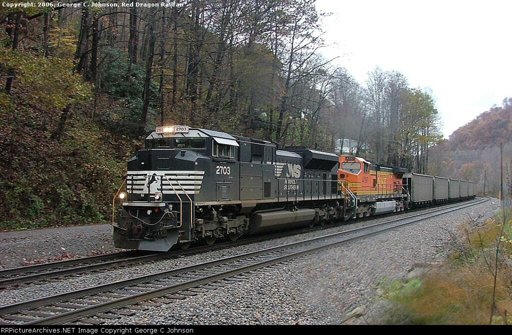 NS 2703, BNSF 4797