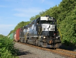 H65 with Consecutively numbered SD40-2's