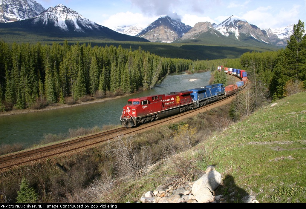 CP 9654 at Morant's Curve