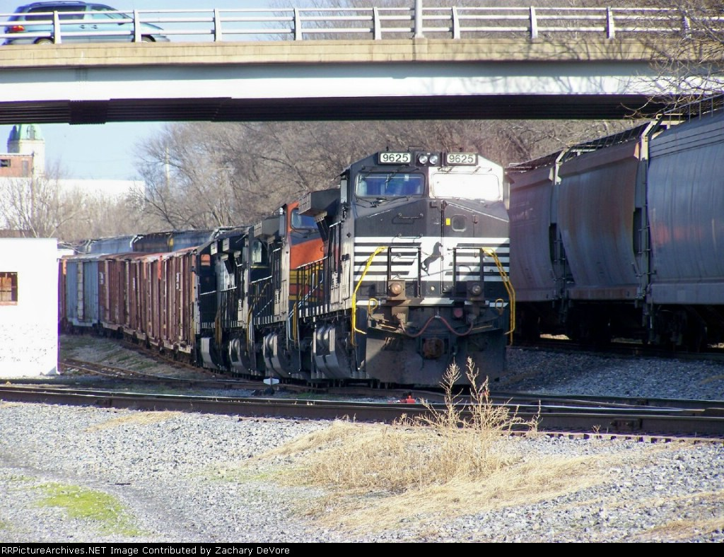 NS 9625 Leads