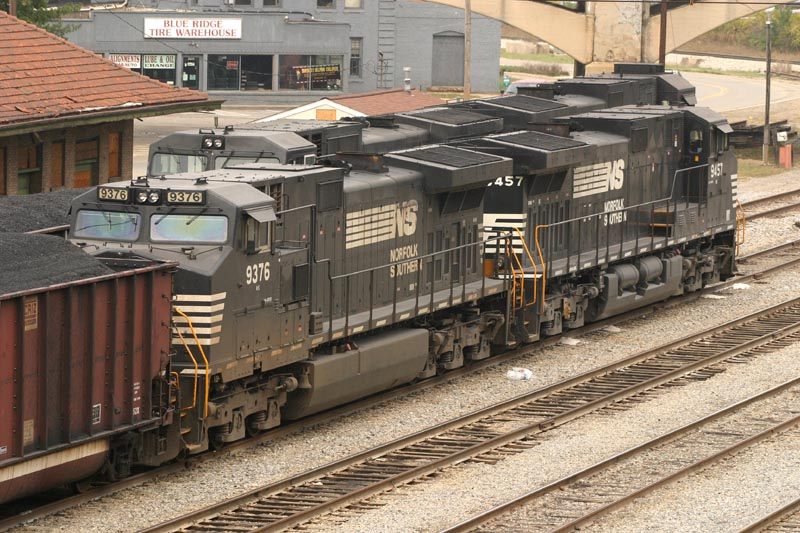 NS 9376 Won't Be Needing Any Tires From This Warehouse