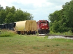 CP 4507 pulls out of the quarry after spotting empties