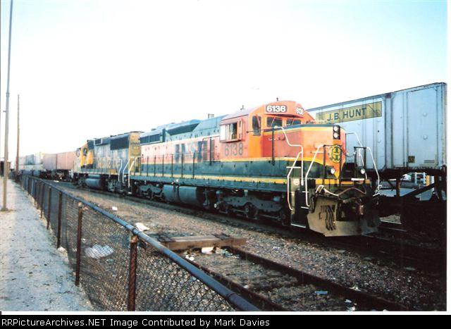 BNSF 6138 + BNSF 8734