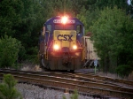 CSX 6068 shows non-matching number boards