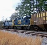 CSX 6068 and 2562