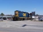 CSX 2563 Picking Up Cars at Idaho Timber