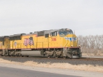 UP 5186 as lead in EB intermodal at 1:43pm