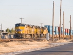 UP 5539 leads a WB doublestack into El Paso at 4:20pm