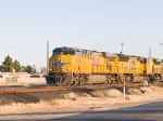 UP 5539 as lead in WB intermodal at 4:20pm