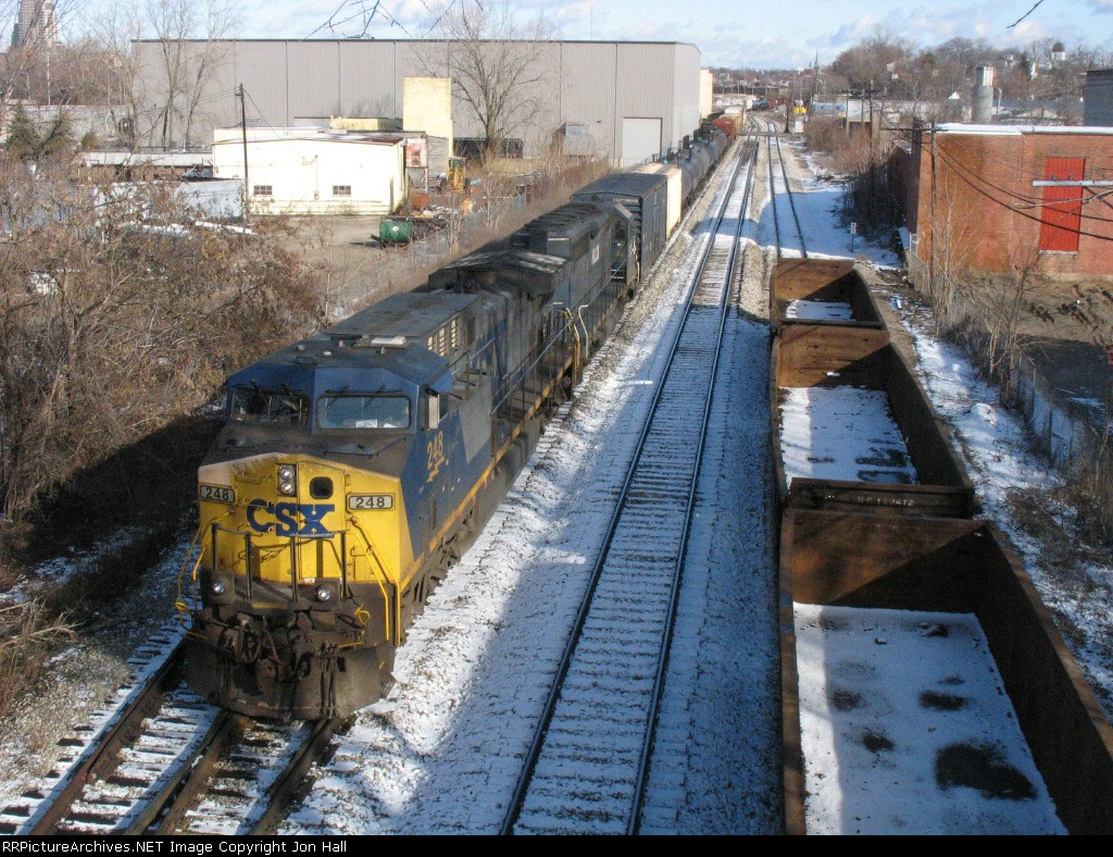 CSX 248 & HLCX 6333 with Q335 stretched out behind them