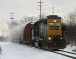CSX 2573 heading back to the yard with Y106