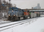 CEFX 1010 & BNSF 5879 with N956 starting the grind uphill out of town