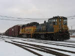 CSX 1146 & 9120 moving X500's pickup cars over to track 4