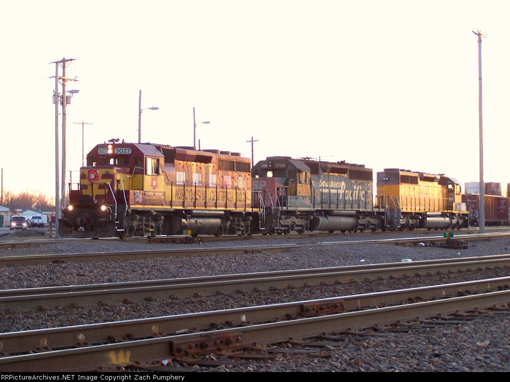 """Northbound Manifest With 10th Anniversary WC GP40-2 3027 """"Our Rail Heritage"""""""
