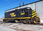 GWWR 2037 GP38-One of the Last 5 Remaining GWWR Painted Locomotives